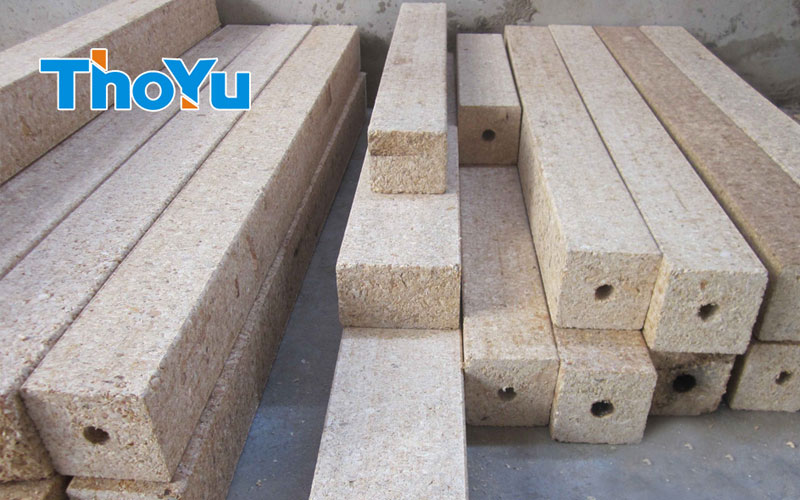 Automatic Wood Pallet Feet Making Machine from thoyu is High