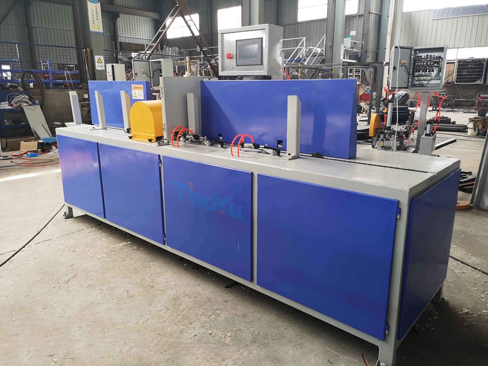 Pallet deck board chamfer making machine