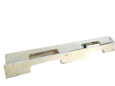 Pallet stringer slot making machine2